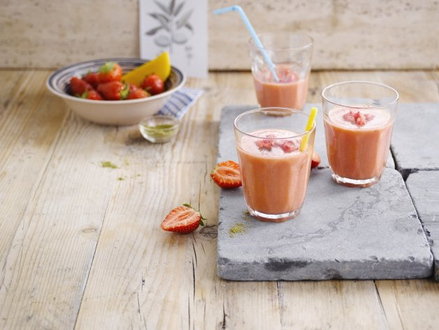 The almond mango tango smoothie