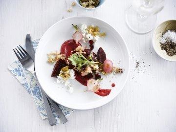 Salada de beterraba crocante