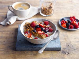 Red Fruit Brekkie Bowl