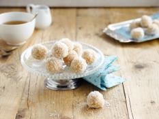 Fluffy coconut snowballs