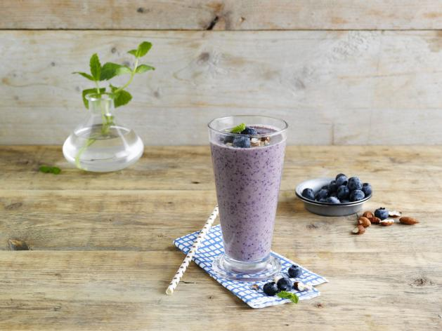 Smoothie myrtilles amandes