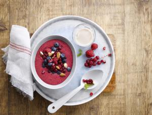 Alpro | Recipes | Berrilicious smoothie bowl