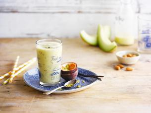 The mellow yellow almond smoothie