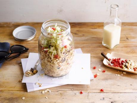 Muesli with Pear