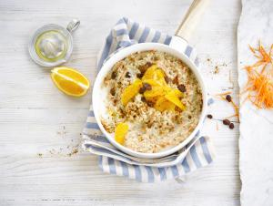 Porridge orange raisins secs