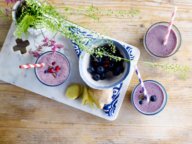 Blueberry, Pomegranate & Soya Smoothie